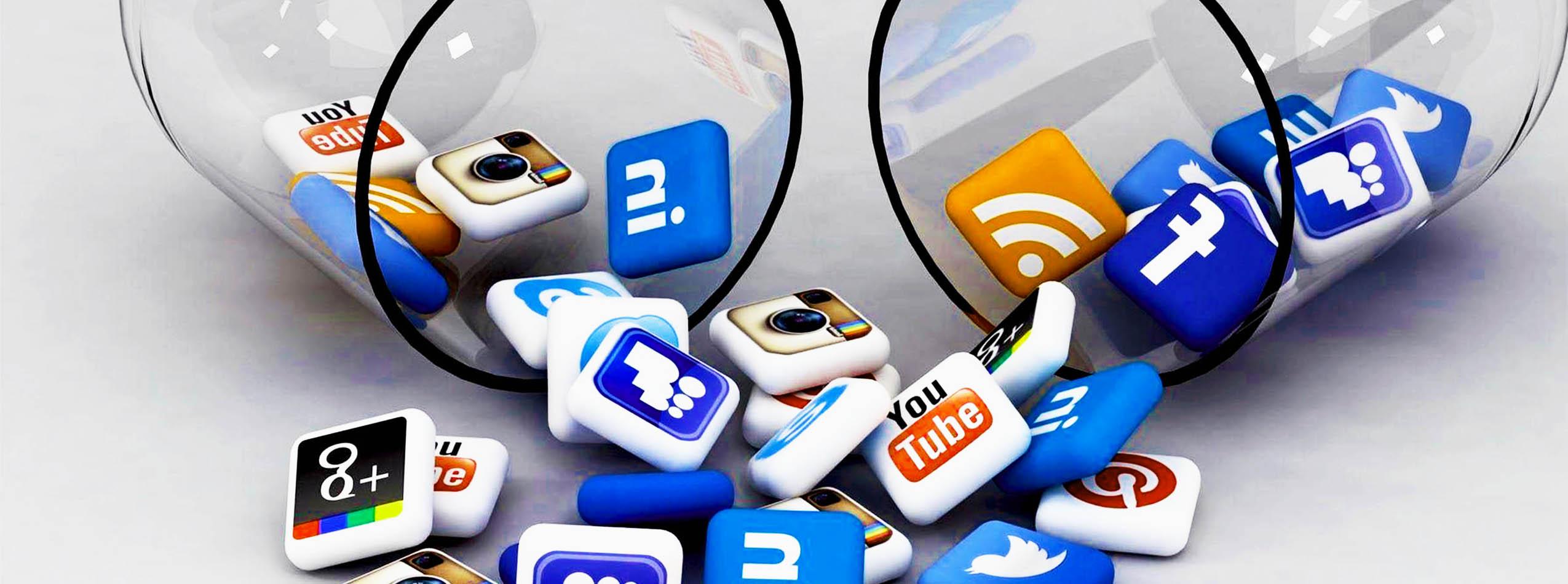 شبکه اجتماعی به شما کمک میکند تا به کاربران مختلف وصل شوید.